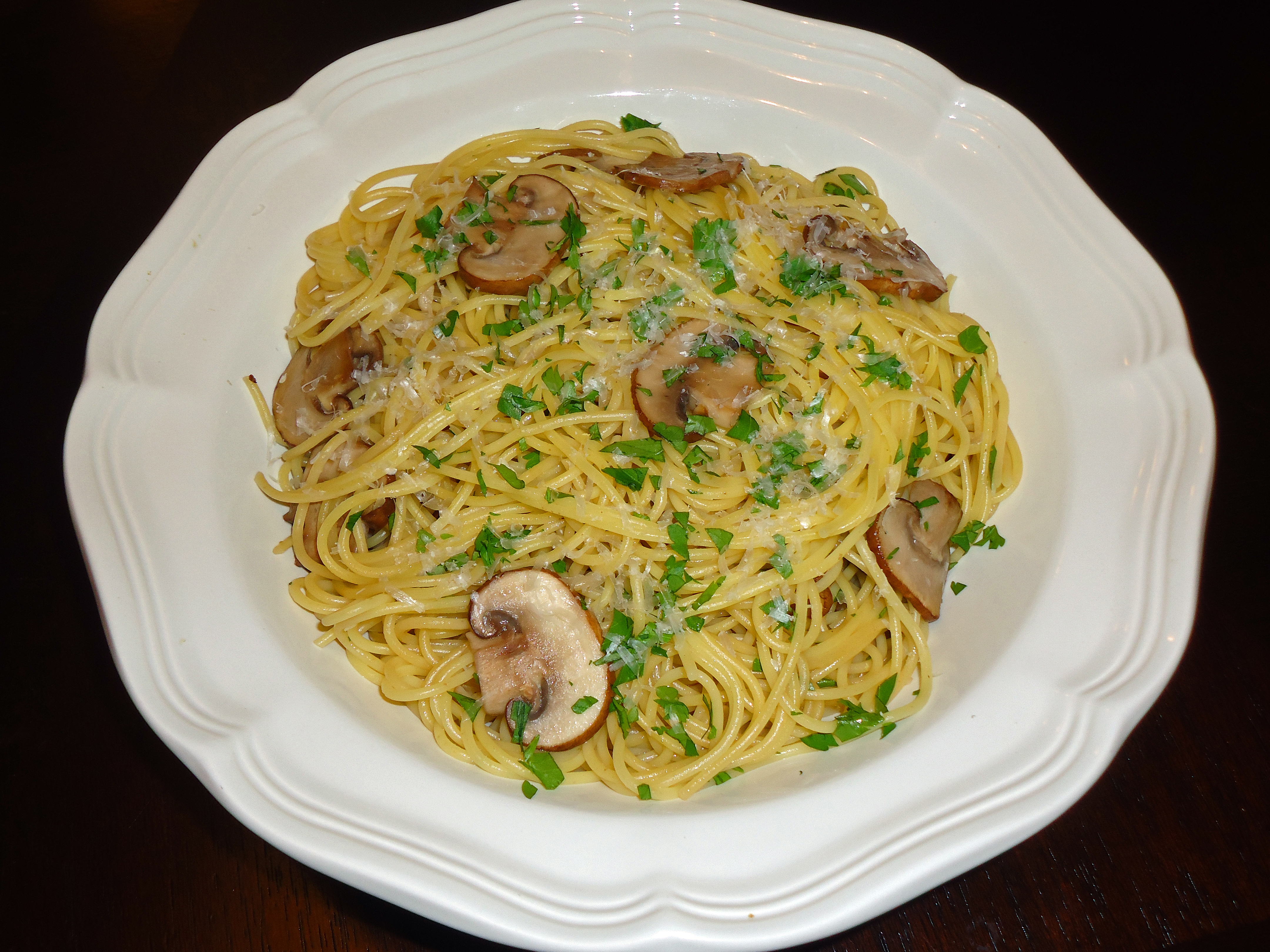 ... mushrooms garlic and oil spaghetti with mushrooms garlic and oil