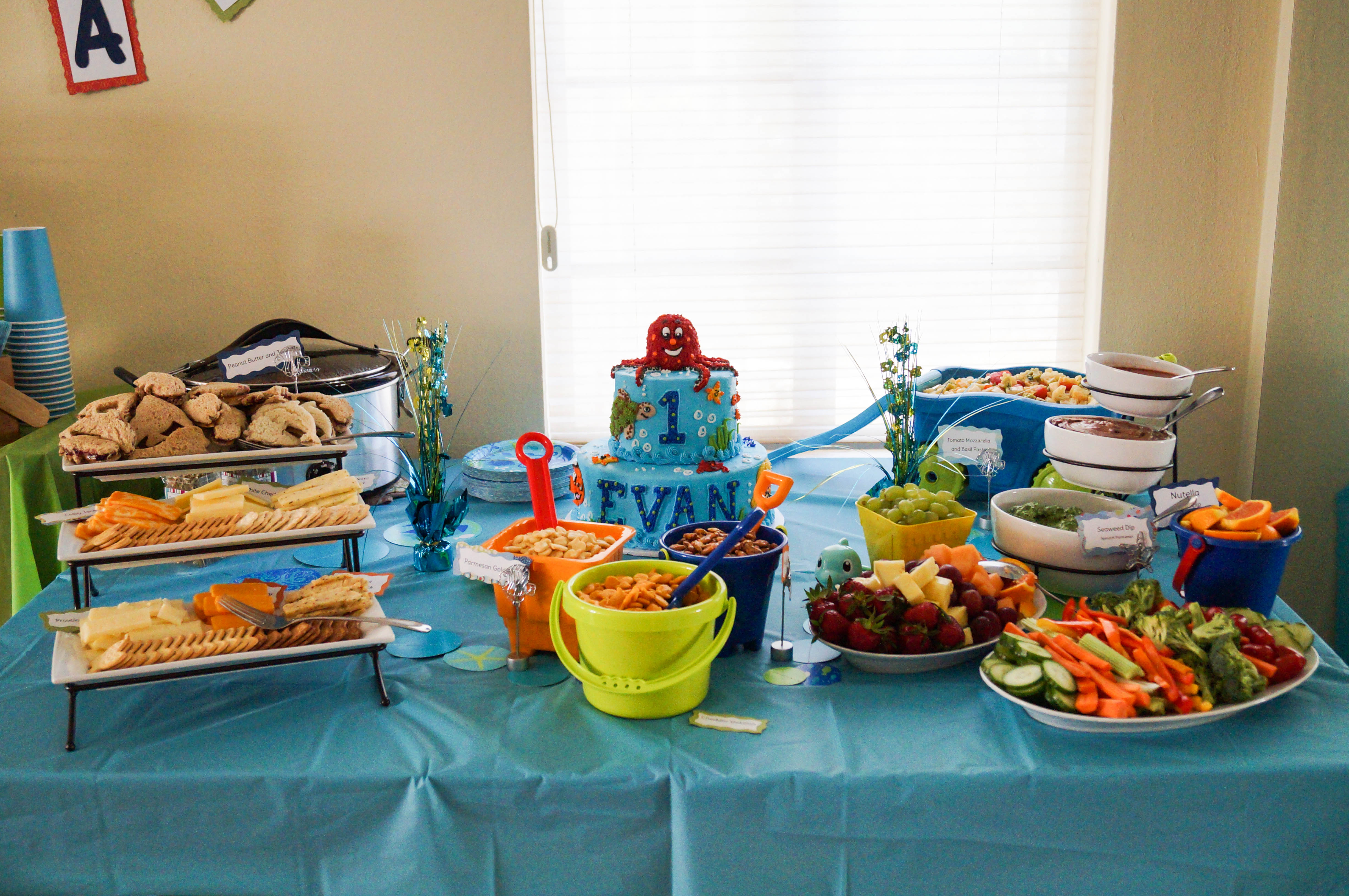 Displaying 20> Images For - Party Food Table Clip Art...