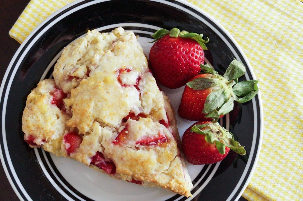 strawberry scones with lemon glaze (3 of 3)
