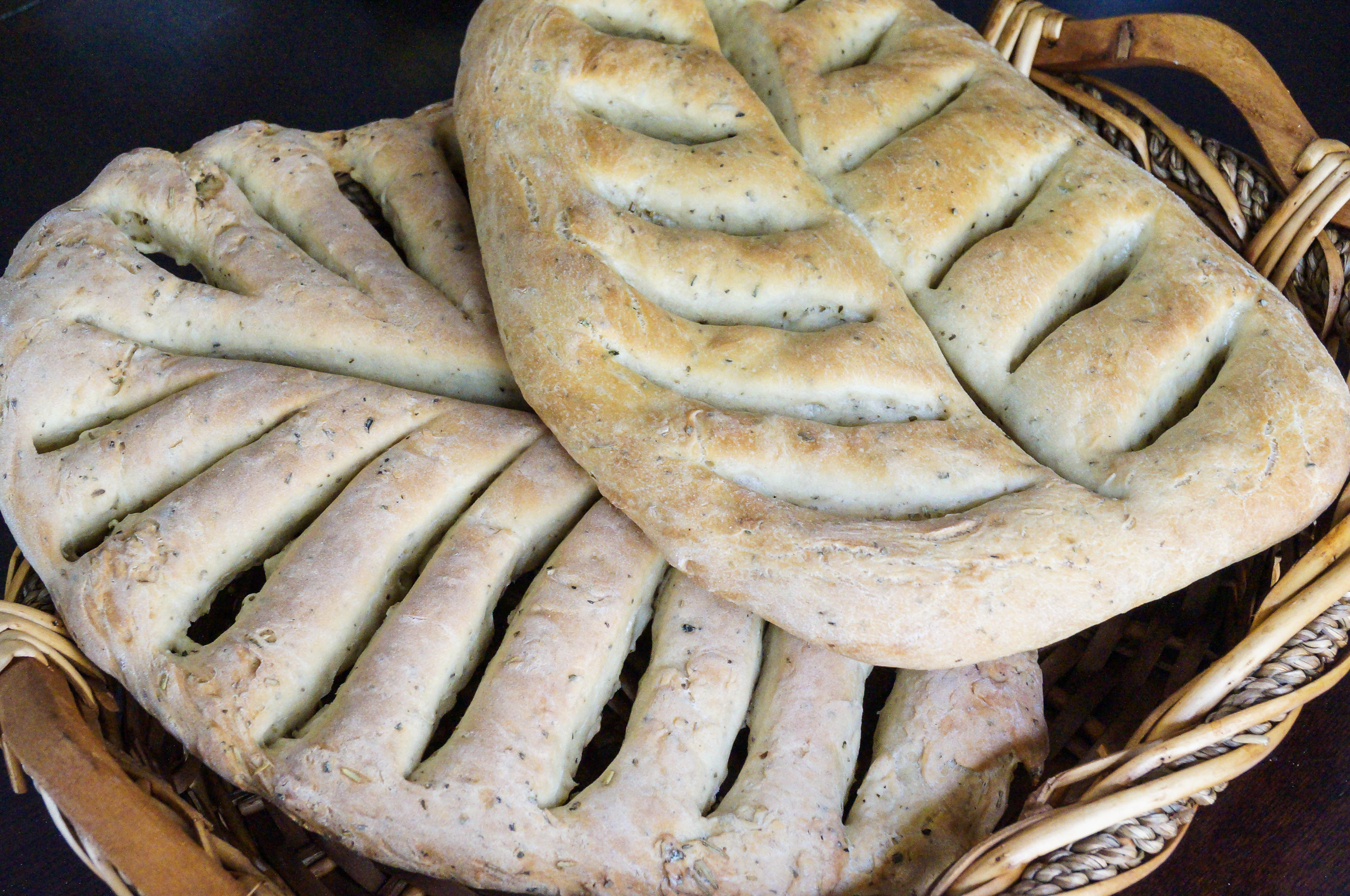 Fougasse aux Herbes de Provence (French Flatbread with Herbe