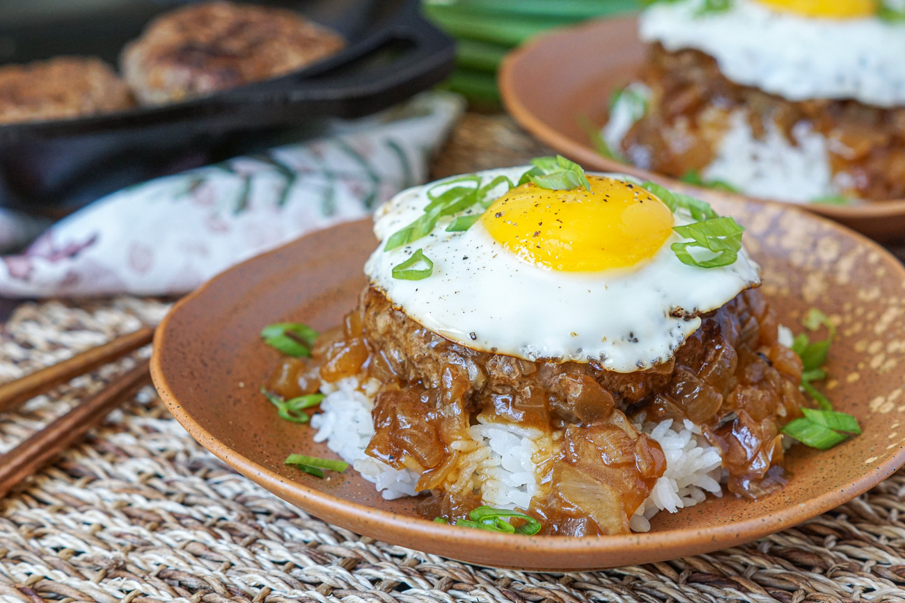 Loco Moco Hawaiian Beef And Egg Over Rice Tara S Multicultural Table