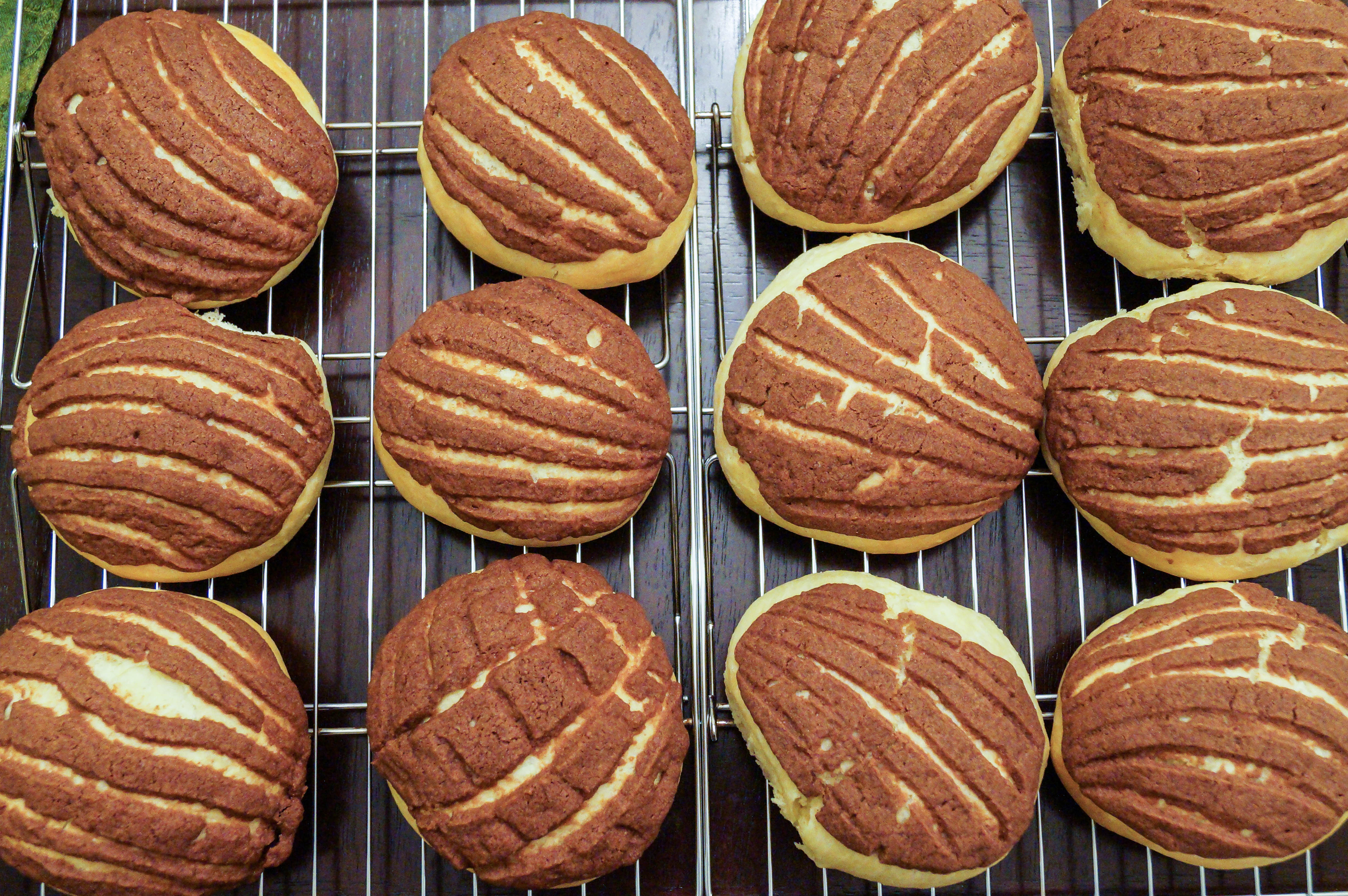chocolate conchas (mexican chocolate shell pastries) - tara's