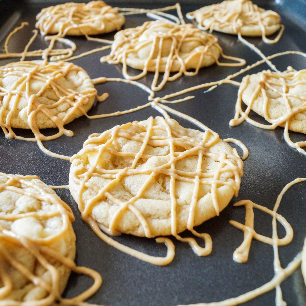 White Chocolate Cookies with Peanut Butter Drizzle (1 of 3)