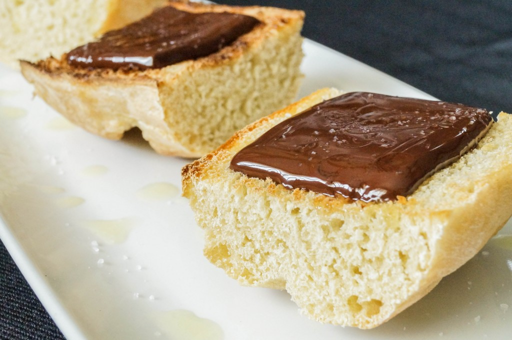 Pan con Chocolate (2 of 3)