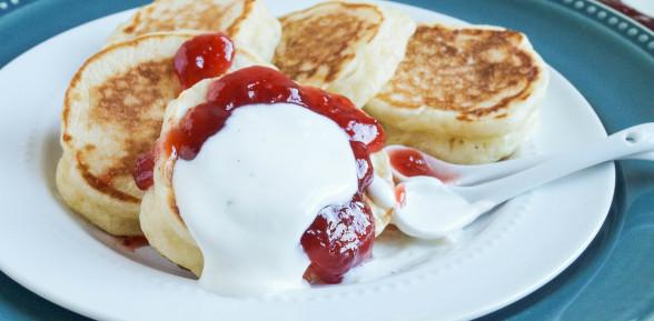 Oladi (Ukrainian Buttermilk Pancakes)