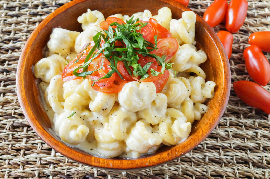 Caprese Macaroni and Cheese (3 of 3)