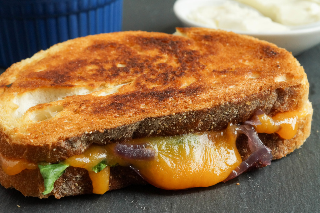 Grilled Cheese with Caramelized Onions and Spinach (5 of 7)