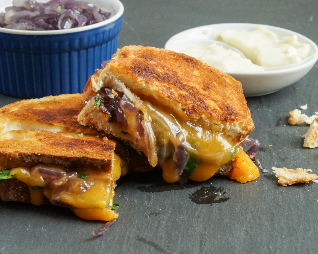 Grilled Cheese with Caramelized Onions and Spinach (6 of 7)