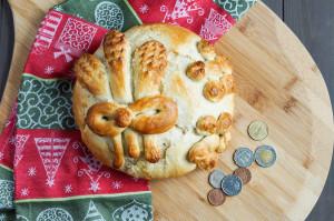 Koledna Pitka (Bulgarian Christmas Bread)