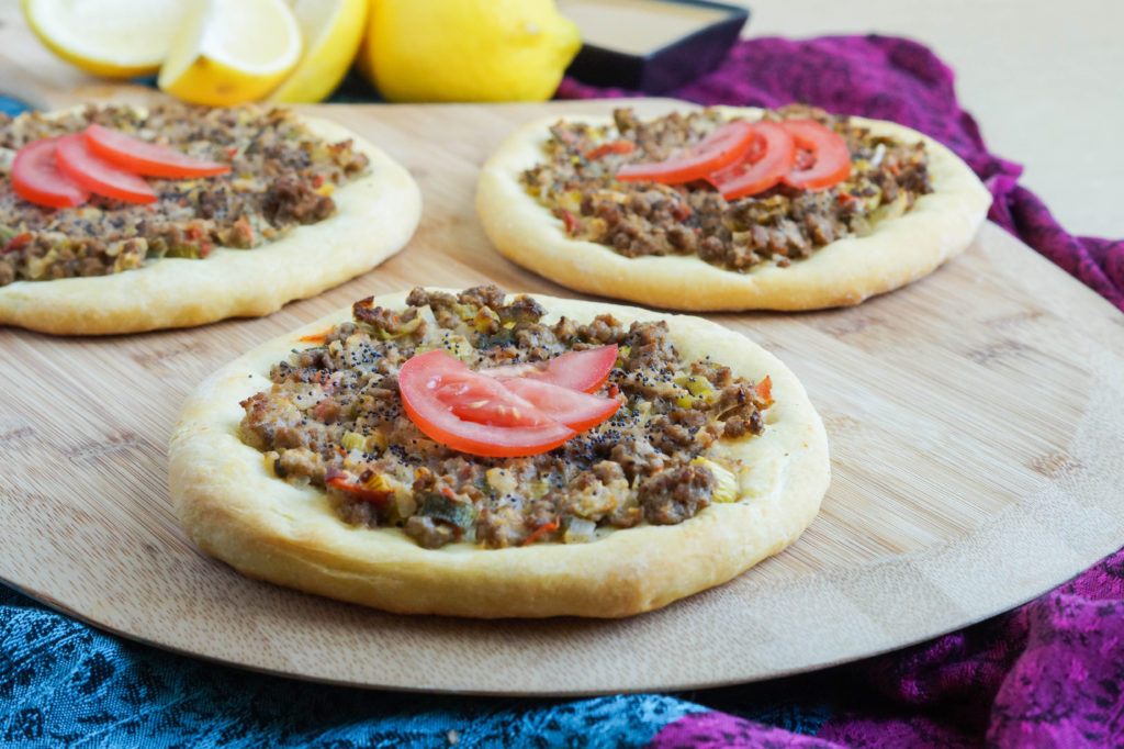 Aysh Abu Laham (Mini Saudi Pizzas) (1 of 3)