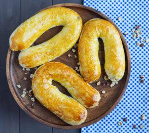 #TourdeManger: Meitschibei (Swiss Hazelnut Horseshoe Pastries)
