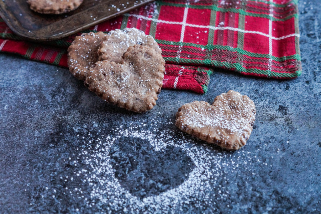 basler-brunsli-swiss-chocolate-almond-cookies-2-of-3