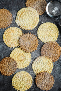 Pizzelle (Italian Waffle Cookies) and Giveaway