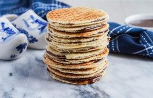 Stroopwafels (Dutch Caramel Waffles Cookies)