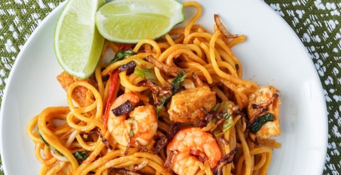 Malaysia Cookbook Review and Mee Goreng Mamak (Malaysian Fried Mamak Noodles)