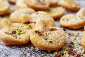 Afghani Gosh-e-Fil (Elephant Ear-Shaped Fried Pastry)