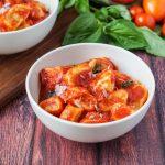 Ndundari con Salsa di Pomodoro e Basilico (Pasta Dumplings with Tomato and Basil Sauce)