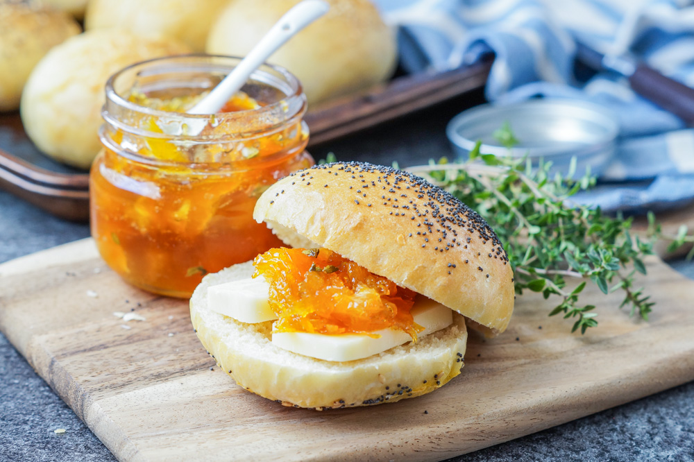 Apelsinmarmelad med Timjan (Orange Marmalade with Thyme)