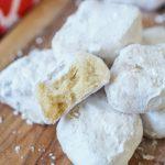 Boussou la Tmessou (Algerian Shortbread Cookies)