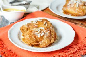 Saquitos de Queso con Miel y Naranja (Cheese Parcels in Honey and Orange Reduction)